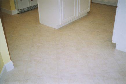 floor scrubber Milton